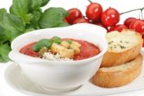 Gazpacho, zuppa fredda di verdure originaria della Spagna